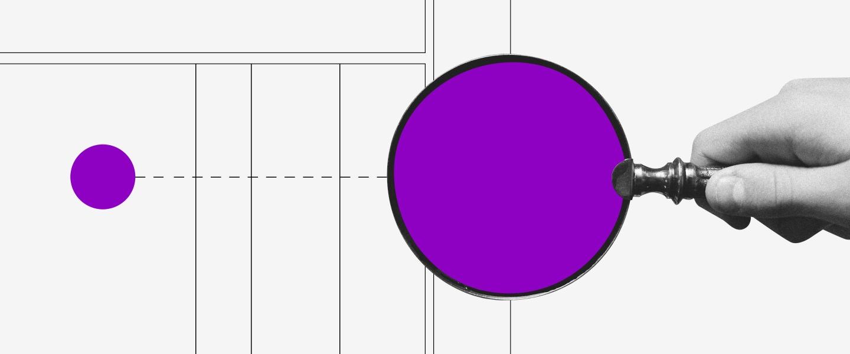 Números de la tarjeta de crédito. Una mano acerca una lupa morada a una circunferencia morada pequeña.